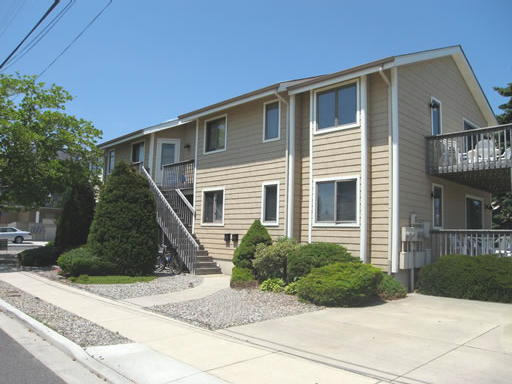 173 33rd Street #2 - Avalon, NJ