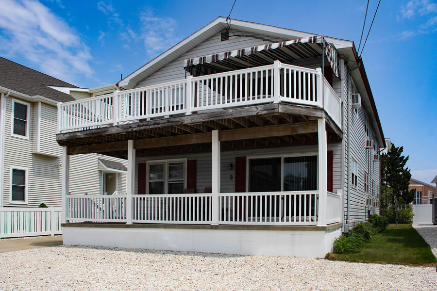 263 33rd Street 1st Floor - Avalon, NJ
