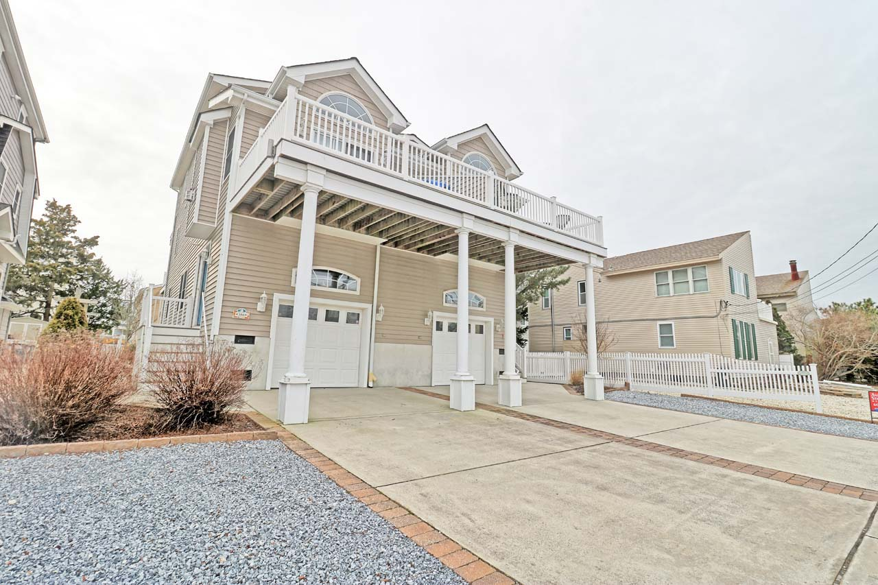 386 39th Street East - Avalon, NJ