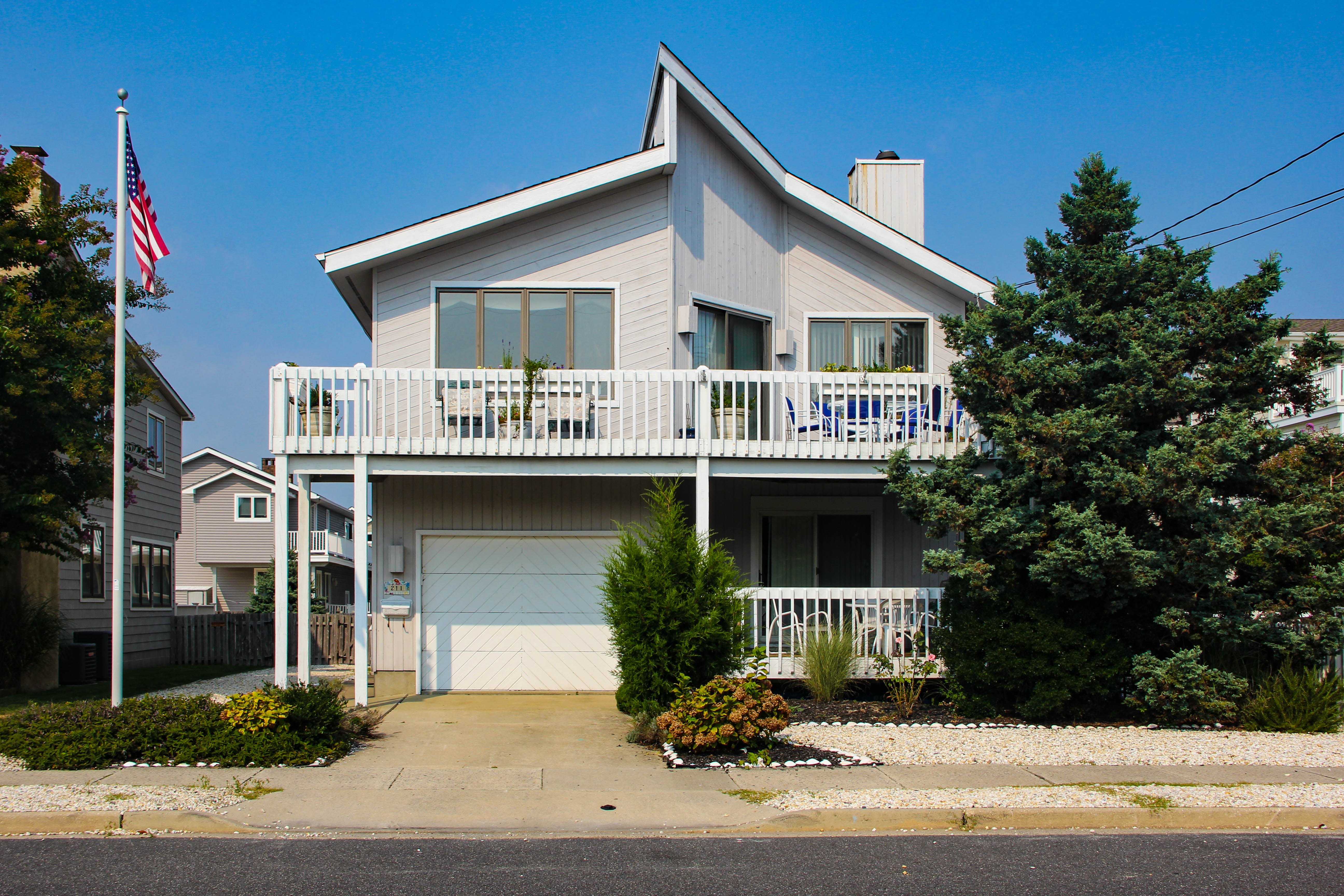 211 42nd Street- Avalon, NJ